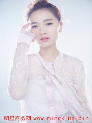 李春嫒照片